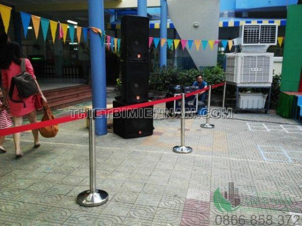 Cột chắn inox giá rẻ tại Hà Nội 2