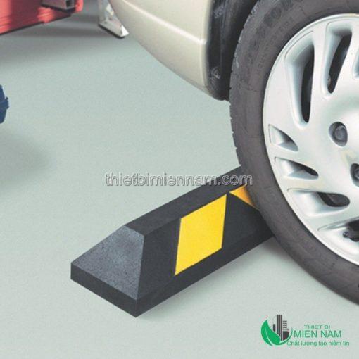 Cao su cứng chặn bánh xe 2