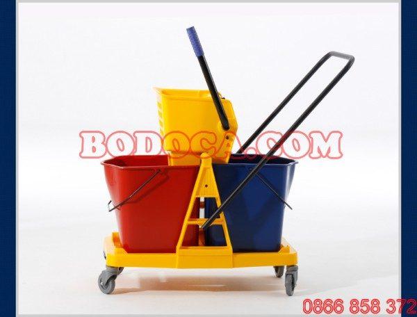 Xe lau nhà công nghiệp khung nhựa AF08073 1