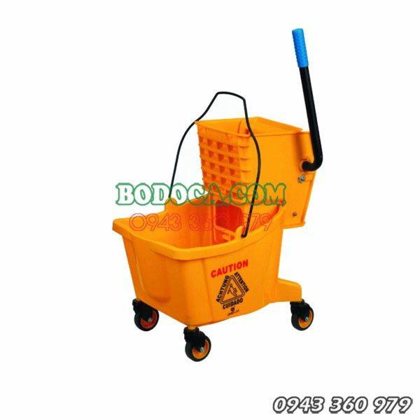 Xe vắt nước làm vệ sinh công nghiệp 36l 7