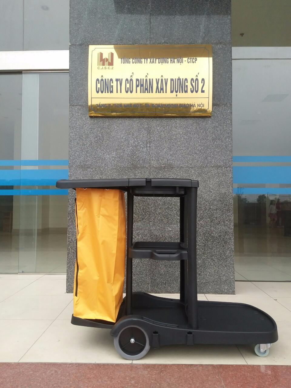Xe đẩy vệ sinh 3 tầng Bodoca AF08180 3